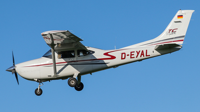 D-EYAL - Cessna T182T Turbo Skylane - Private