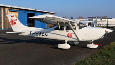 D-EHEU - Cessna 182S Skylane - Private