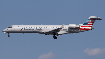 N718PS - Bombardier CRJ-701 - American Eagle (PSA Airlines)