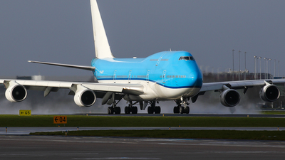 A picture of PHBFV - Boeing 747406(M) - [28460] - © C. v. Grinsven