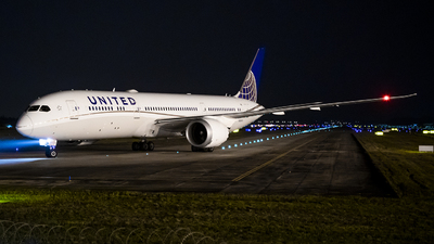 A picture of N26970 - Boeing 7879 Dreamliner - United Airlines - © RASCARI