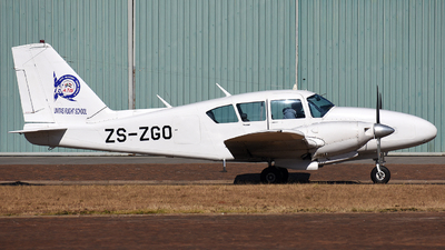 ZS-ZGO - Piper PA-23-250 Aztec C - Unitas Flight School