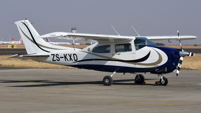 ZS-KXD - Cessna 210N Centurion II - Private