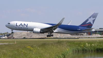 A picture of CCCZZ - Boeing 767316F(ER) - LATAM Cargo Chile - © Freek Blokzijl
