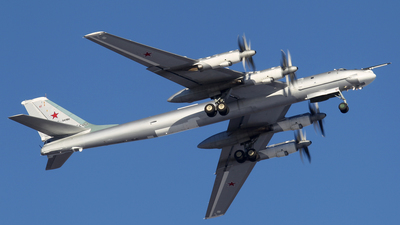 RF-94186 - Tupolev Tu-95MS Bear-H - Russia - Air Force