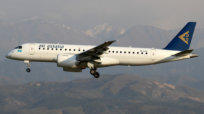 P4-KHC - Embraer 190-300STD - Air Astana