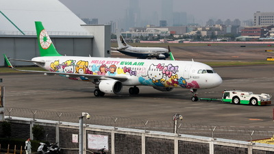 A picture of B16207 - Airbus A321211 - EVA Air - © Y.S Song