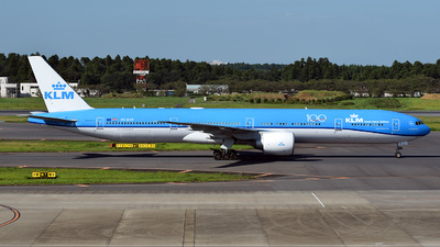 A picture of PHBVP - Boeing 777306(ER) - KLM - © 42 dono