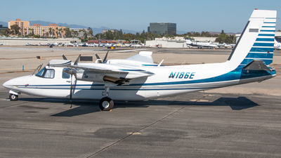N186E - Rockwell 690B Turbo Commander - Private