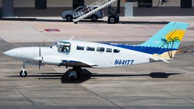 A picture of N441TT - Cessna 402C - [402C0441] - © Sergio Cardona