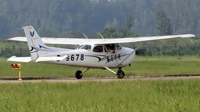 A picture of B9678 - Cessna 172S Skyhawk SP - [172S11312] - © Li Bing