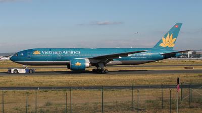 VN-A150 - Boeing 777-2Q8(ER) - Vietnam Airlines