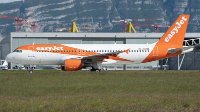 A picture of HBJXC - Airbus A320214 - easyJet - © Este_Aranda