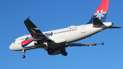 A picture of YUAPD - Airbus A319132 - AirSERBIA - © Harry G