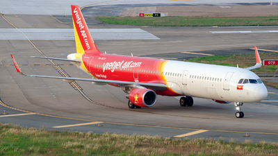 A picture of VNA677 - Airbus A321211 - VietJet Air - © Cao Kim Do