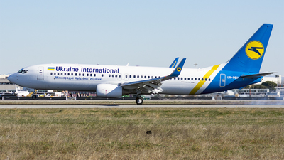 UR-PSU - Boeing 737-8AS - Ukraine International Airlines