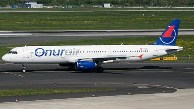 TC-OEA - Airbus A321-231 - Onur Air