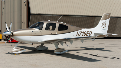 N719ED - Cirrus SR22 G3 Turbo GTS - Private
