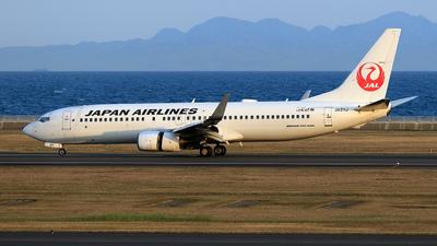 JA311J - Boeing 737-846 - Japan Airlines (JAL)
