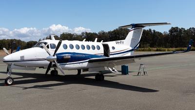 A picture of VHFIY - Beech B300 Super King Air 350 -  - © Josh Deitz