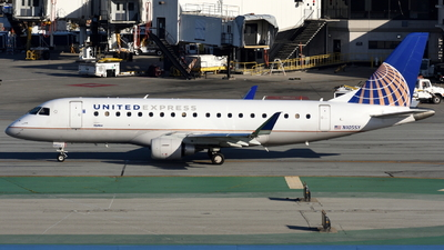 A picture of N105SY - Embraer E175LR - United Airlines - © Jordan Louie