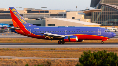 N684WN - Boeing 737-3T0 - Southwest Airlines