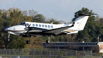 N50JD - Beechcraft B300 King Air 350i - Private