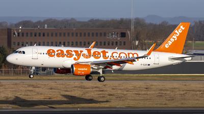 A picture of GEZOI - Airbus A320214 - easyJet - © Bjorn van der Velpen