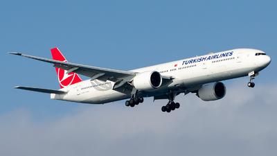 turkish airlines tk 720 flight status