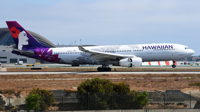 A picture of N386HA - Airbus A330243 - Hawaiian Airlines - © Rocky Wang