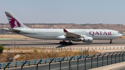 A picture of A7AEE - Airbus A330302 - Qatar Airways - © Juan Manuel Gibaja