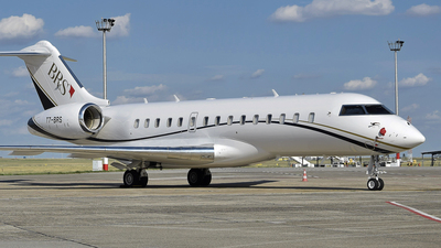 T7-BRS - Bombardier BD-700-1A10 Global 6000 - Titan Aviation