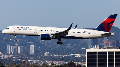A picture of N539US - Boeing 757251 - Delta Air Lines - © Brandon Giacomin