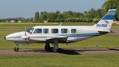 PH-PNX - Piper PA-31-350 Chieftain - Private