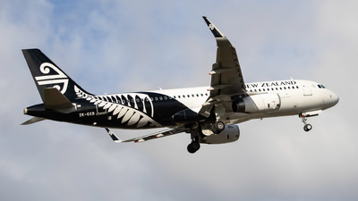 A picture of ZKOXB - Airbus A320232 - Air New Zealand - © Cameron Matthews