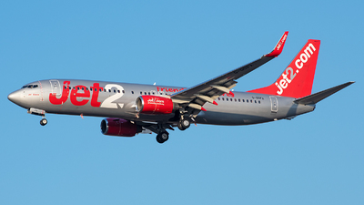 A picture of GGDFX - Boeing 7378K5 - Jet2 - © András Soós