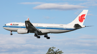 B-6130 - Airbus A330-243 - Air China