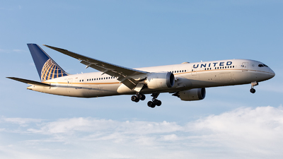 A picture of N27959 - Boeing 7879 Dreamliner - United Airlines - © GFB
