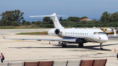 EC-JIL - Bombardier BD-700-1A10 Global Express - Private