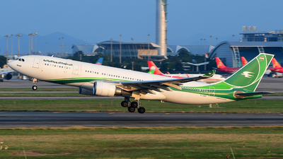 YI-AQY - Airbus A330-202 - Iraqi Airways
