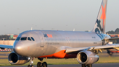 VH-VQP - Airbus A320-232 - Jetstar Airways