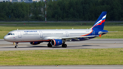 A picture of VPBTR - Airbus A321211 - Aeroflot - © Ivan Goreza