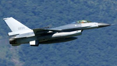 6694 - Lockheed Martin F-16AM Fighting Falcon - Taiwan - Air Force
