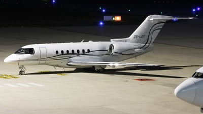 ZS-LOT - Hawker Beechcraft 4000 - Private