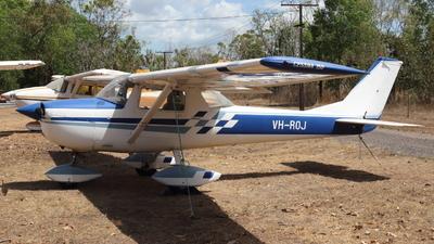 VH-ROJ - Cessna 150F - Private