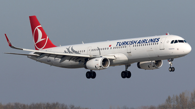 TC-JSN - Airbus A321-231 - Turkish Airlines