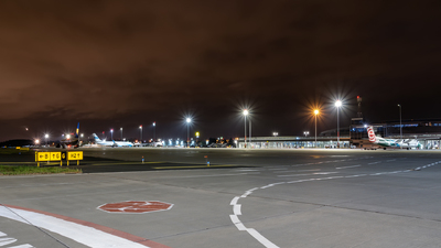 EPPO - Airport - Ramp