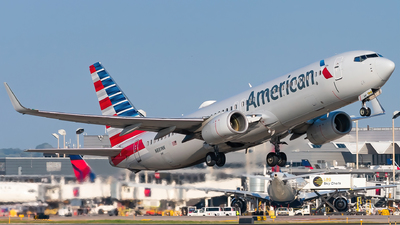 N881NN - Boeing 737-823 - American Airlines