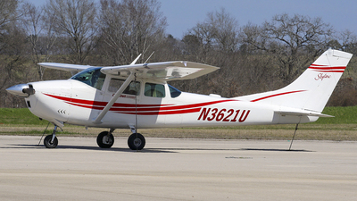 N3621U - Cessna 182F Skylane - Private