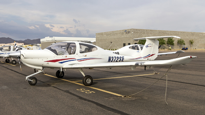 N372SE - Diamond DA-40 Diamond Star - CAE Oxford Aviation Academy